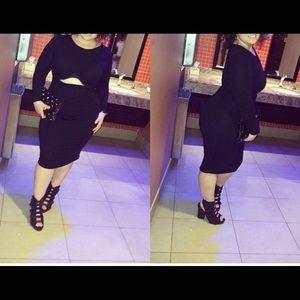 T length, detailed , stretch dress